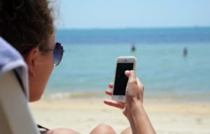 taking mobile to the beach